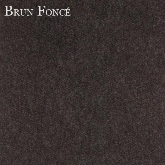 Tapis brun-foncé